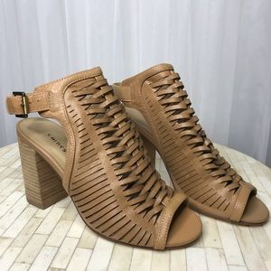 Chinese Laundry Womens Torey Cow Leather Sandals